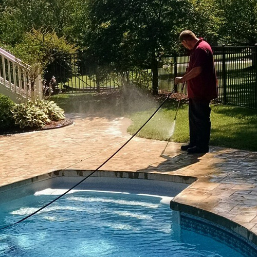 Pressure Cleaning/Softwashing